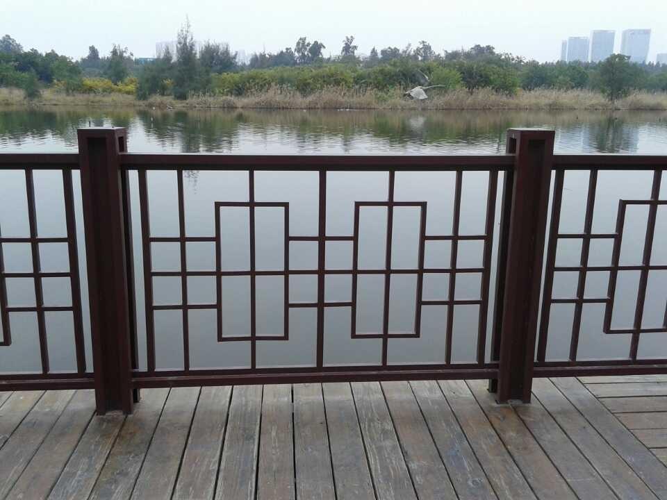 为您推荐升华鑫五金品质好的洒店护栏,厦门栏杆喷漆