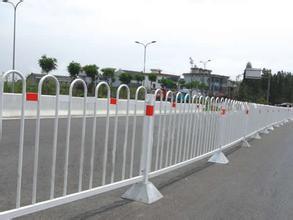 上哪买优质的厦门市政护栏网 集美公路护栏