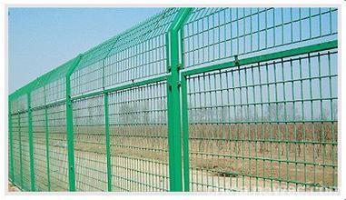 厦门高速公路边框护栏网 优惠的边框护栏网火热供应中