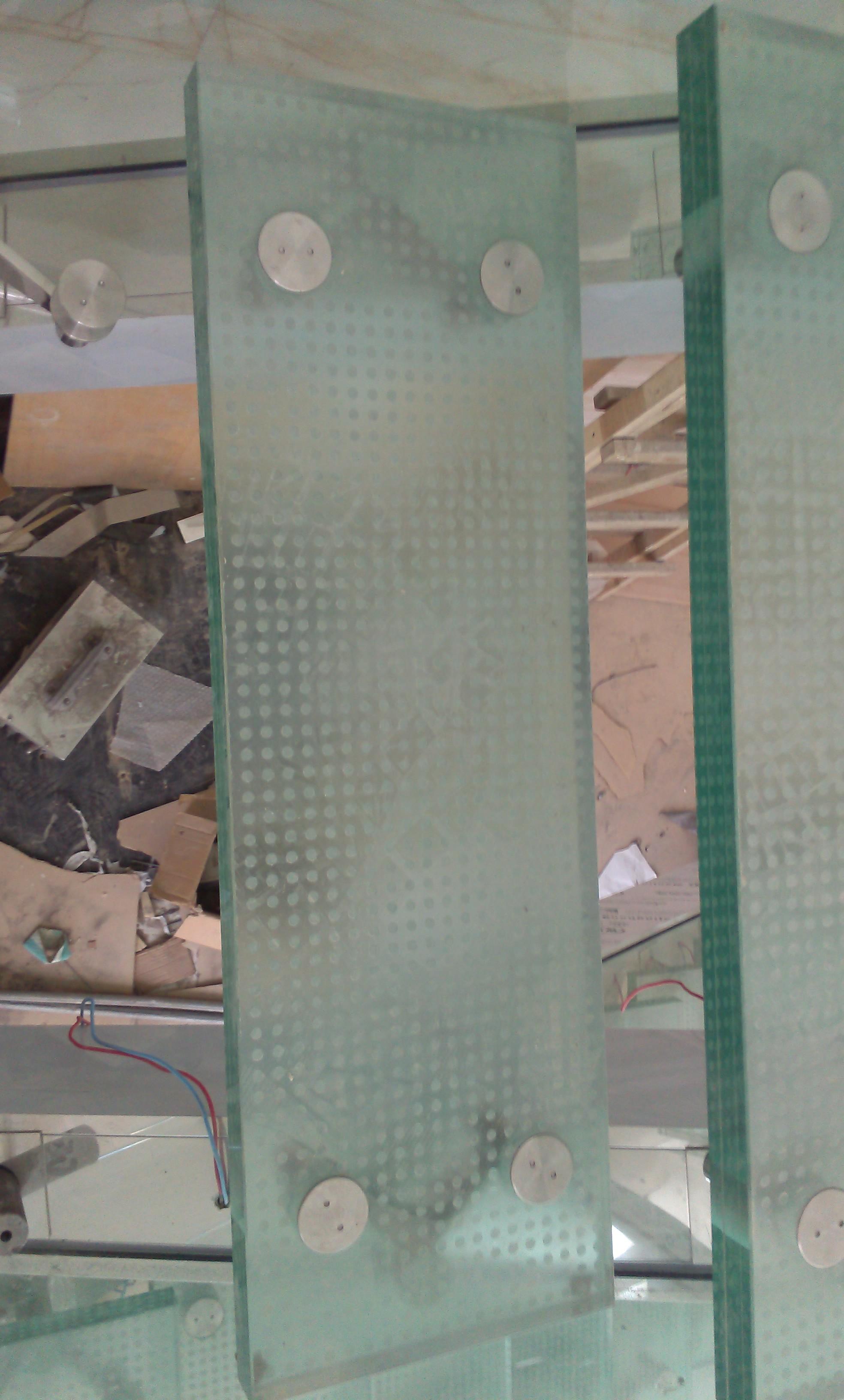 防滑玻璃玻璃防滑北京优质防滑玻璃厂家