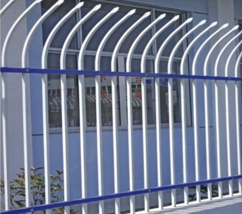 冀安筛网厂专业供应铁艺护栏网,同安小区围栏