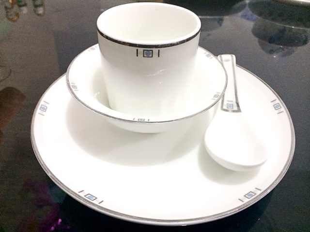 镁质强化瓷餐具,优质餐具配送清洗