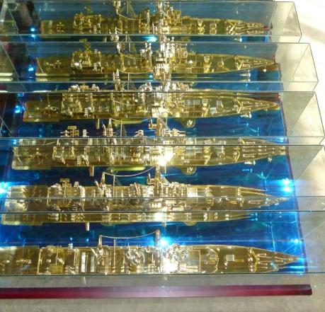 青岛知名的高端航母模型供应商——广西舰艇模型