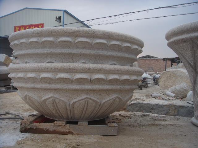 塑木成型工艺流程 塑木成型的工艺流程主要包括塑料的粉碎,清洗,干燥
