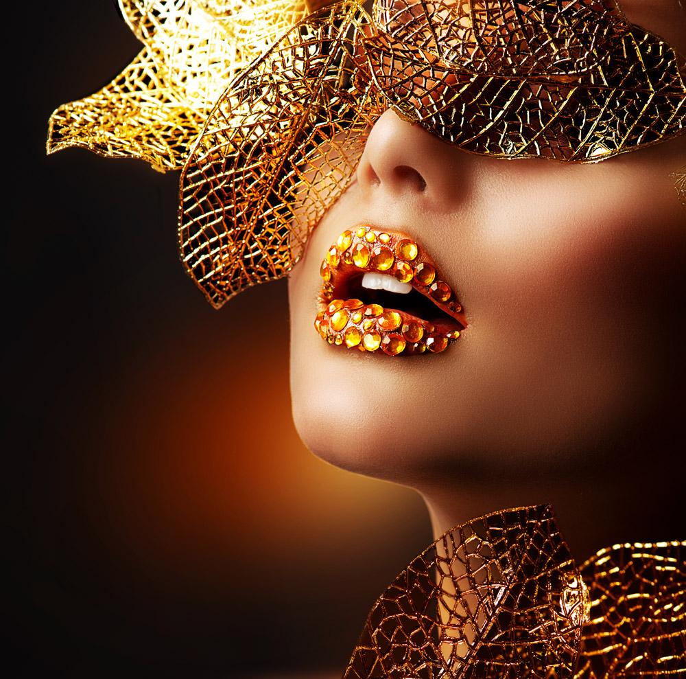 传艺彩妆培训学院_专业的彩妆培训机构_专注彩妆培训