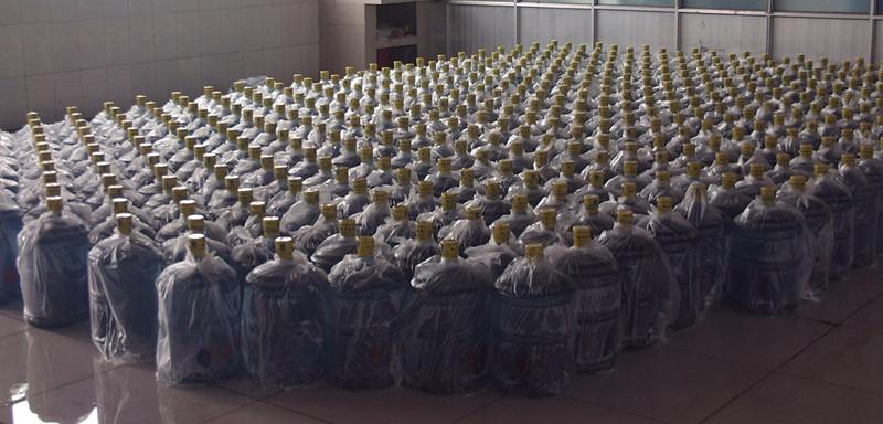 一次性桶裝水廠家|哪兒有批發東夷青泉