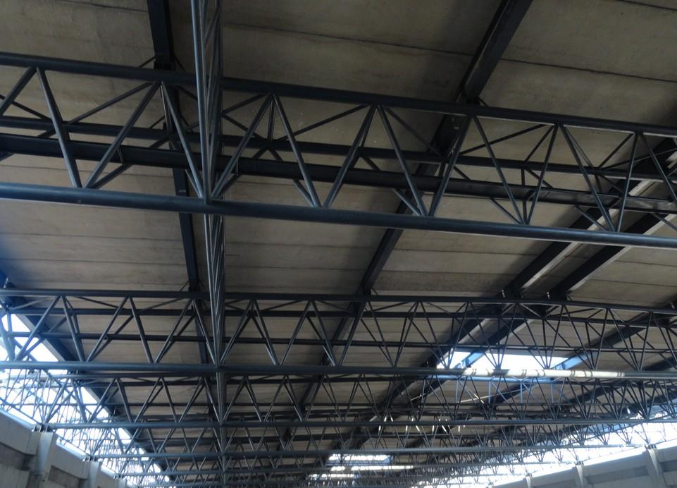 包头管桁架钢结构公司内二建钢结构