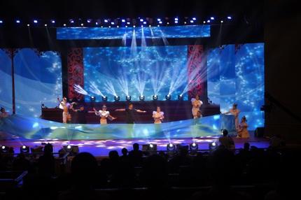 西安旋风科技——专业的舞台灯光音响设备租赁公司 西安舞台音响租赁工程公司