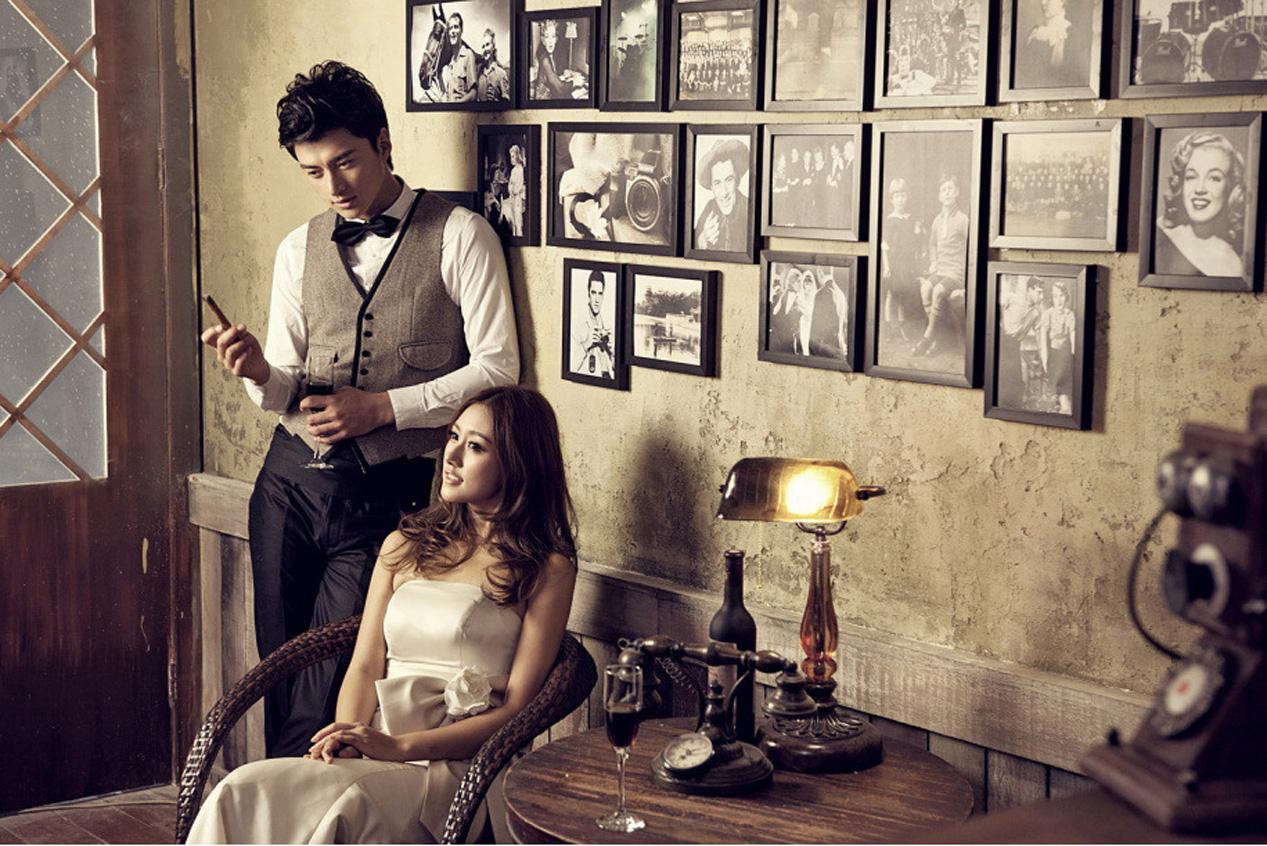拍婚纱照选影楼实景与新娘的性格有关