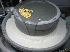 哪里购买豆浆石磨,郑州哪里有供应质量好的豆浆石磨