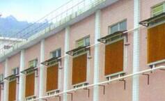华信通风——专业的厂房车间工厂湿帘墙提供商——东莞厂房车间工厂湿帘墙是怎样降温的