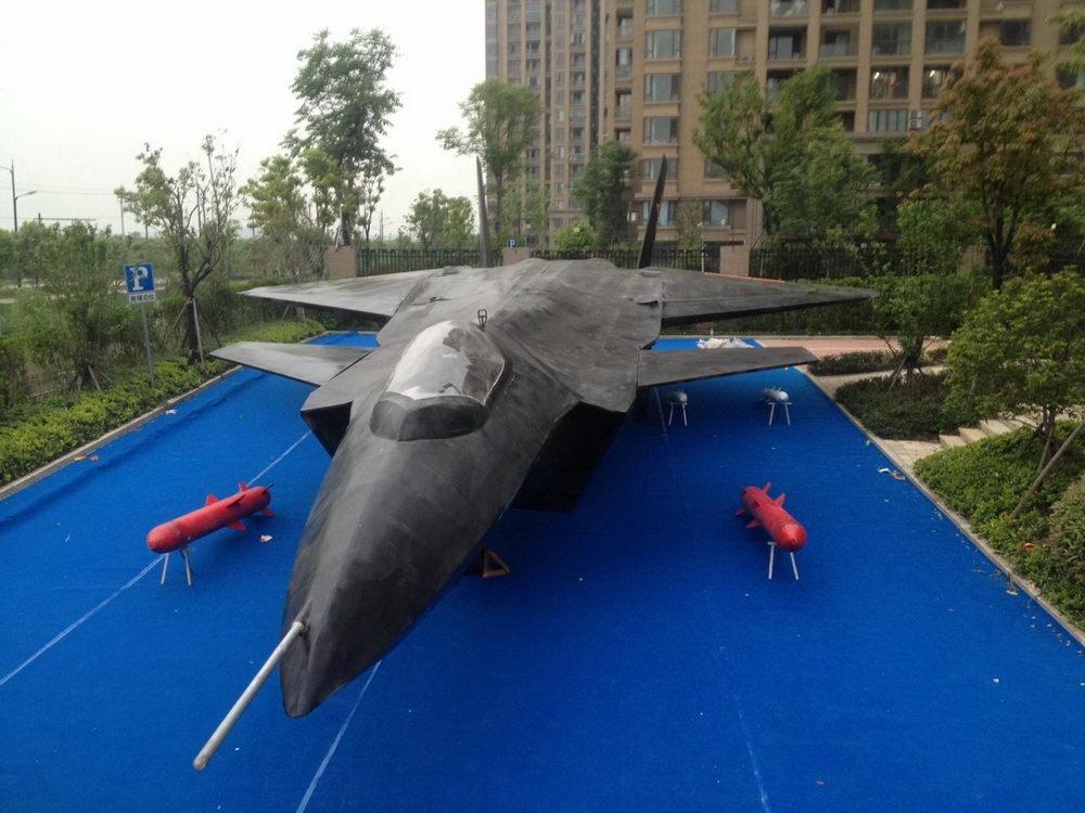 大型军事模型供应商哪家好:山东动漫模型