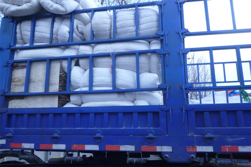 货车棉被批发_晓雪棉被提供有性价比的货车棉被产品