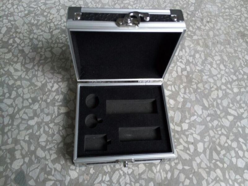 电子烟铝盒定制  哪里有电子烟铝盒卖  豪宏包装制品厂