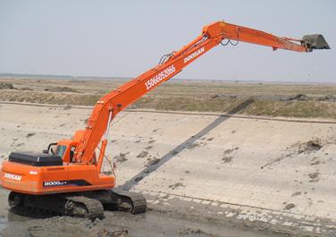 加长臂挖掘机出租