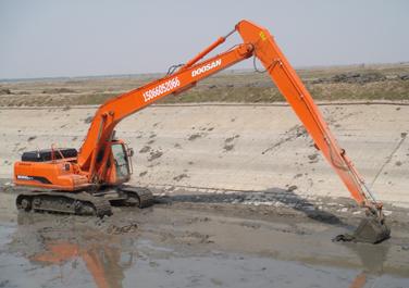 租加长臂挖掘机