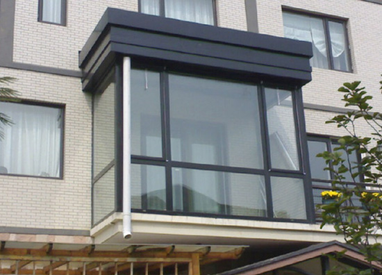 提供铝木门窗-德国拉尔科门窗供应质量好的隔热断桥门窗