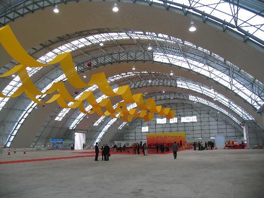 哪里买精良的钢结构厂房 ——玉林钢结构安装