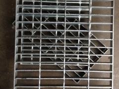 内江格栅板、踏步板、钢梯
