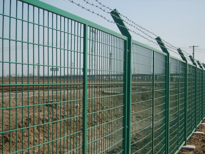 中隆别墅护栏网厂--别墅护栏网技术全国领先