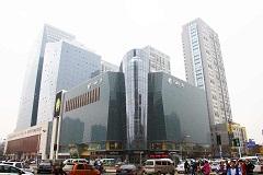 钢化玻璃价格——销量好的弯弧钢化玻璃,厂家火热供应