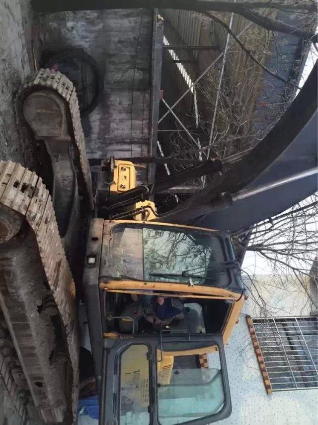 好用的二手挖掘机在哪可以买到,池州二手挖掘机
