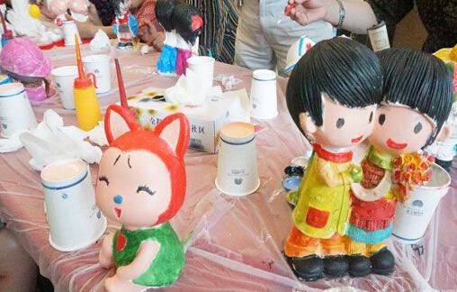 石膏画像,石膏金蟾,石膏娃娃的生产厂家