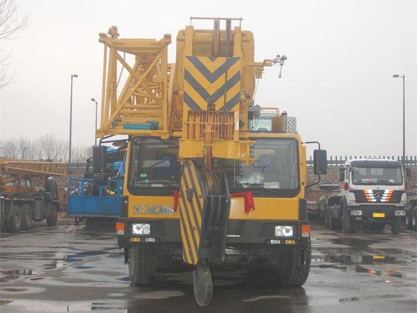 160吨-吊车