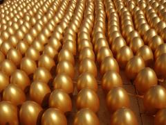 哪儿能买到新颖别致的石膏金蛋,兰州石膏金蛋批发