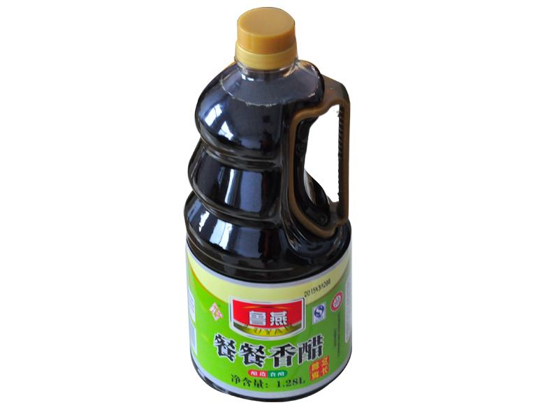海南酱油醋|信誉好的餐餐香醋供应商_鲁燕永春食品