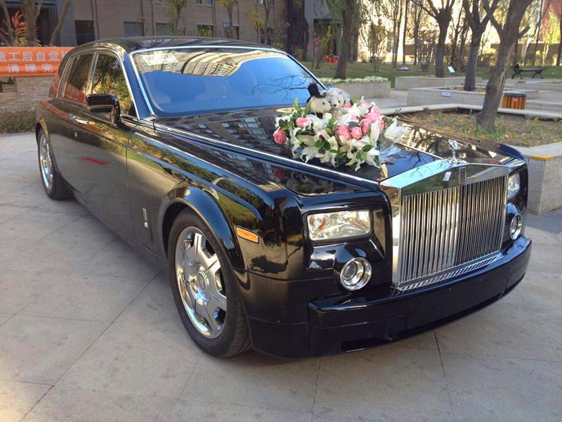 沈阳万隆达婚车租赁专门为广大客户提供沈阳劳斯莱斯出租 劳斯莱斯婚车.
