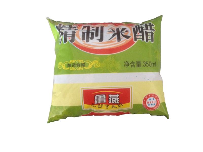 山东酱油醋_采购口碑好的精制米醋就找鲁燕食品