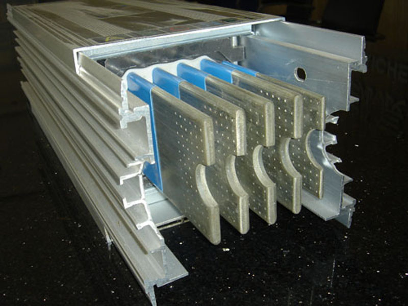 空气型封闭母线槽