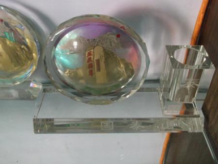五岳独尊太阳花笔筒   价格:120-180元