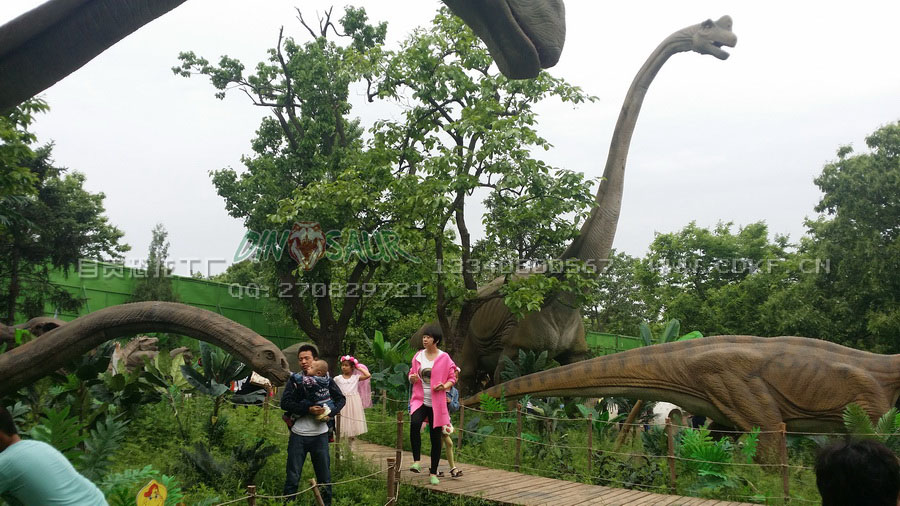 地产公司恐龙展