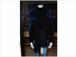 郑州新品羊绒披肩批发出售,羊绒披肩专卖店