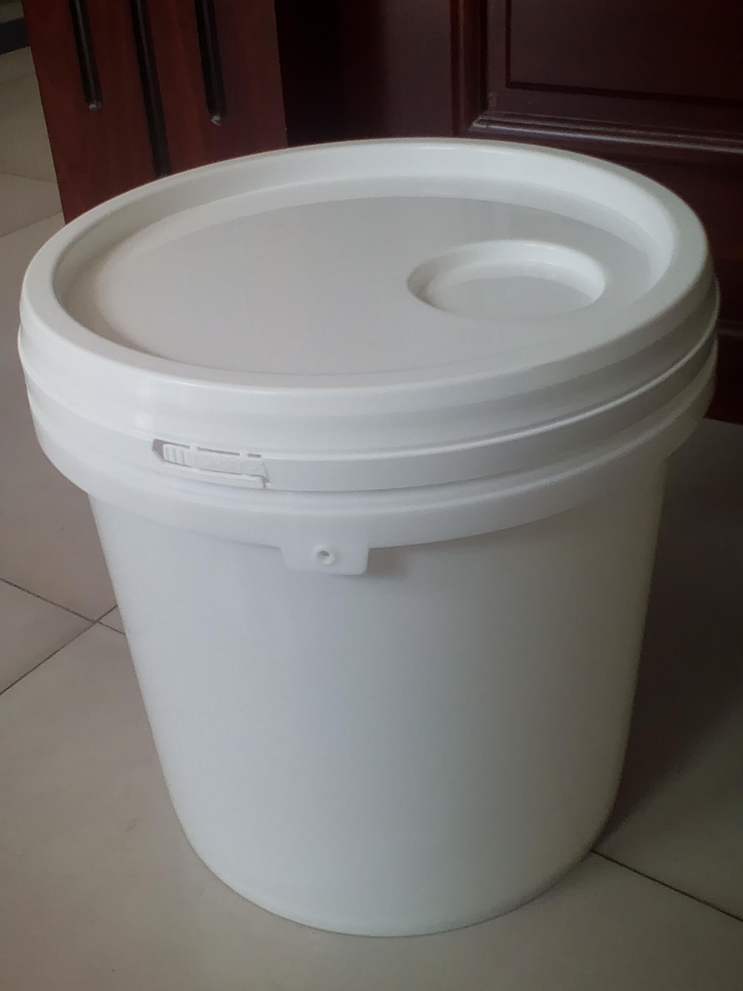 桶厂家/透明塑料食用油桶价格/