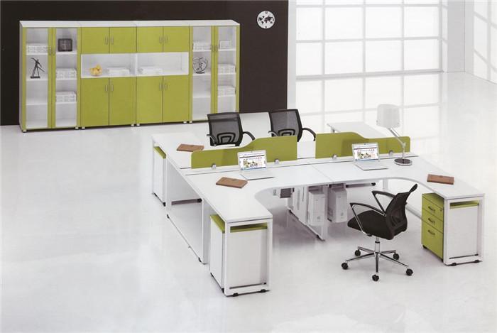 詳細說明 【沈陽起點辦公家具】最全鋼木組合桌搭配 鋼木組合桌產品特點: 面板可任意拆卸組合,可隨意組合配色,具多種造型,簡捷有力,可營造辦公環境個性風格; 系統完備,提供多種色板、鋼架、鋼腳供選擇,可規劃獨具特色的工作空間; 強大的走線系統 可水平、垂直任意走線,容量大,滿足辦公室資訊網路化的需求。