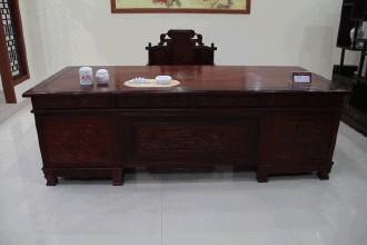紅木辦公桌