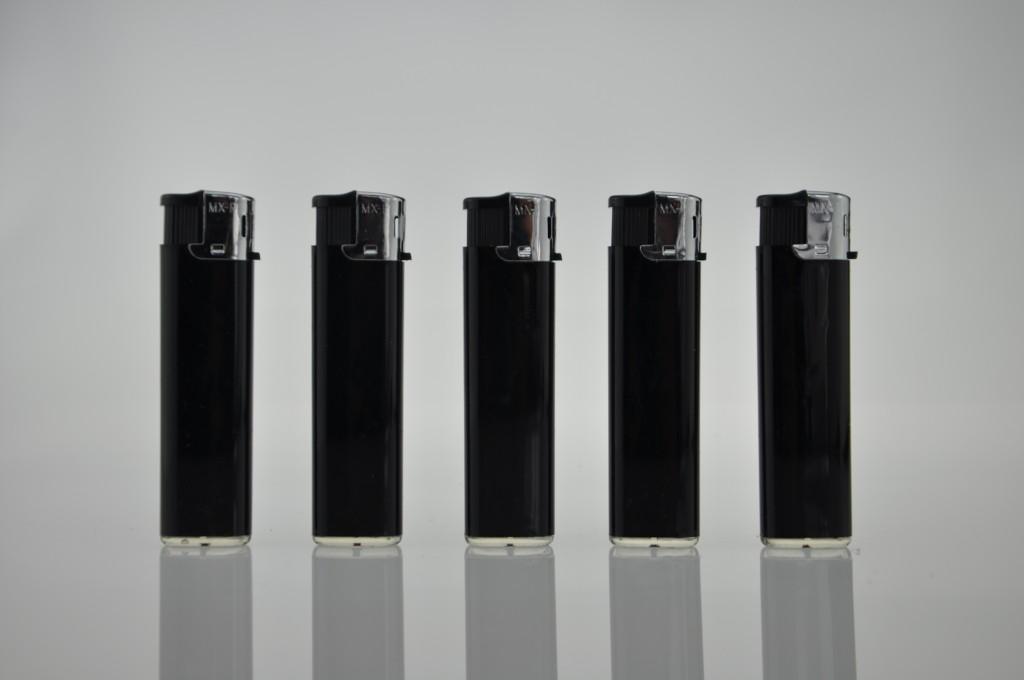 沈阳广告打火机印刷代理商_爆款212实黑广告打火机供应商——龙云广告礼品