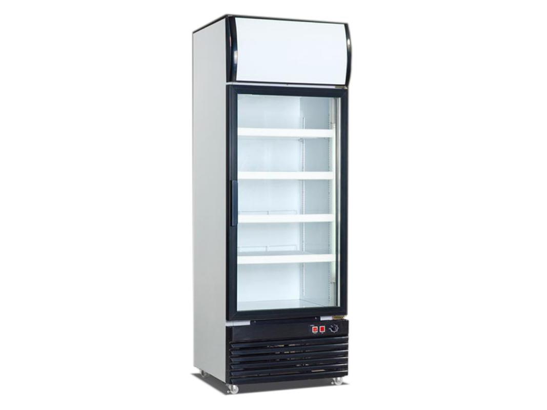 详细说明   食品贮存注意事项:   冷藏柜冷藏室温度约为5,可冷藏生熟食品,存放期限一星期,水果、蔬菜应存放在果菜盒内(温度8),并用保鲜纸包装好。冷藏柜冷冻室内温度约-18。可存放新鲜的或已冻结的肉类、鱼类、家禽类,也可存放已烹调好的食品,存放期3个月。冷藏柜冷冻室(器)内不能贮放啤酒、桔子、水等液体饮料,否则会冻结而爆裂。热的食物要放凉后才能放入冷藏柜内,否则会影响其他食品的品味,且会增大耗电量。水果保鲜柜已成为家庭生活中和商用超市的主要电器   保鲜食物要有方法,才能达到食物保鲜效果,延长保质