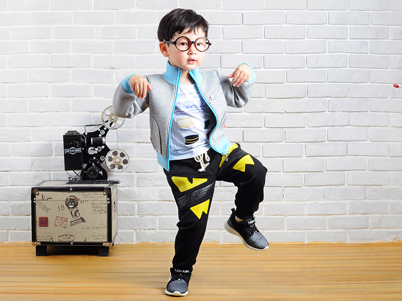 【厂家直销】韩版童装授权生产 韩版童装品牌 韩版童装货源