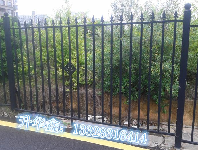 铁艺围栏你值得拥有 不锈钢铁栏杆烤漆