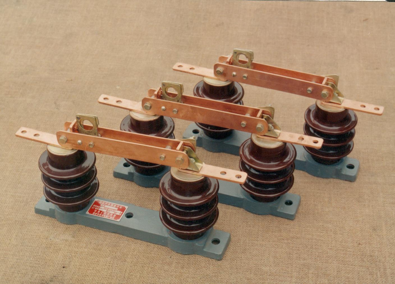 專業供應西安GW9-10係列隔離開關——價位合理的GW9-10 GW9-15係列隔離開關