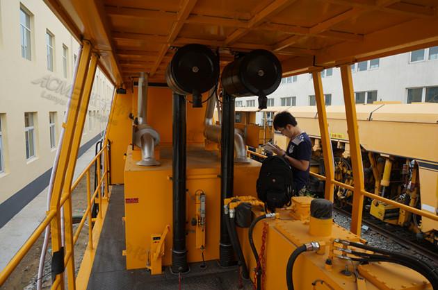 铁路养护设备的尾气净化专卖店,供应河北铁路养护尾气净化设备