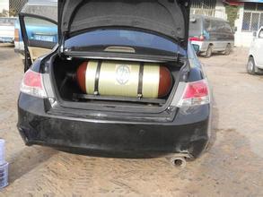 重庆汽车保养哪家好 专业的天然气汽车改装公司当选重庆格金汽修高清图片