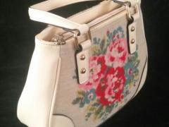 宗荣手工艺品公司——专业的绒绣包包提供商_手工单间包包