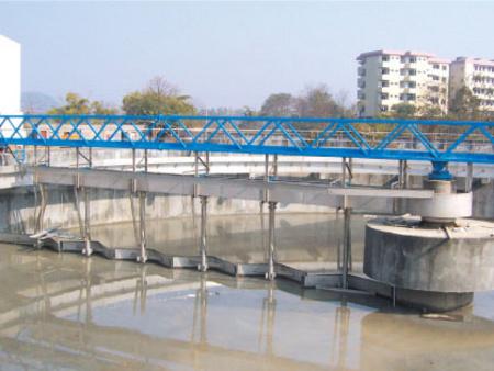 重庆半桥式中心传动吸刮泥机