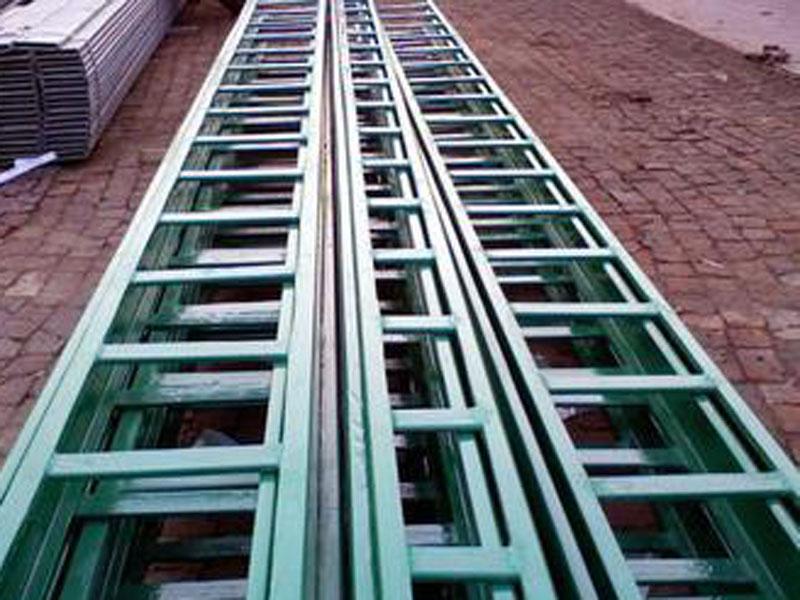 梯架式电缆桥架