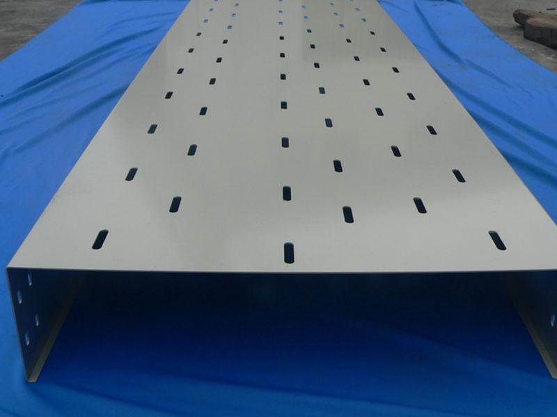 梯架式电缆桥架生产厂家